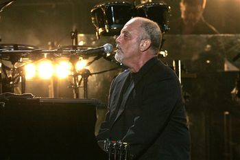 Billy Joel Performance