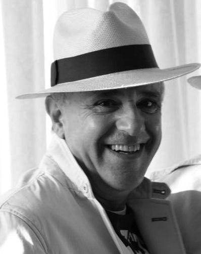 MANUEL SALINAS. BAILANDO CON MÚSICA DE LLUVIA (3/6)
