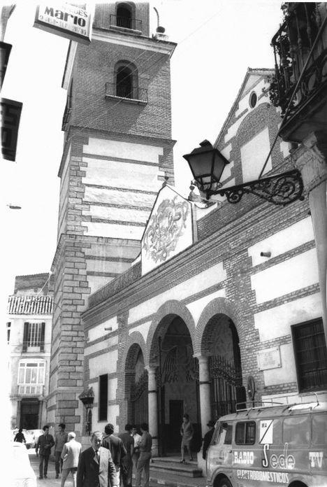 Iglesia Los M+írtirez