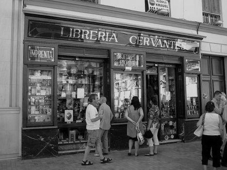 img_4439_libreria_cervantes_-640x640x80