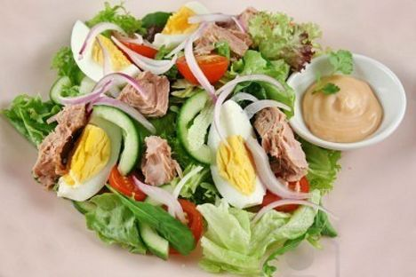 salata-cu-ton-si-ou
