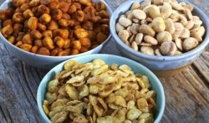 Nuts-and-Bar-Snacks2-778x458
