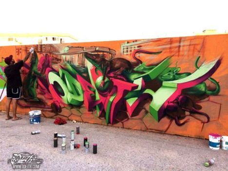 Rats-smelling-Graffiti-spray-paint-Odeith-Olhao-Portugal